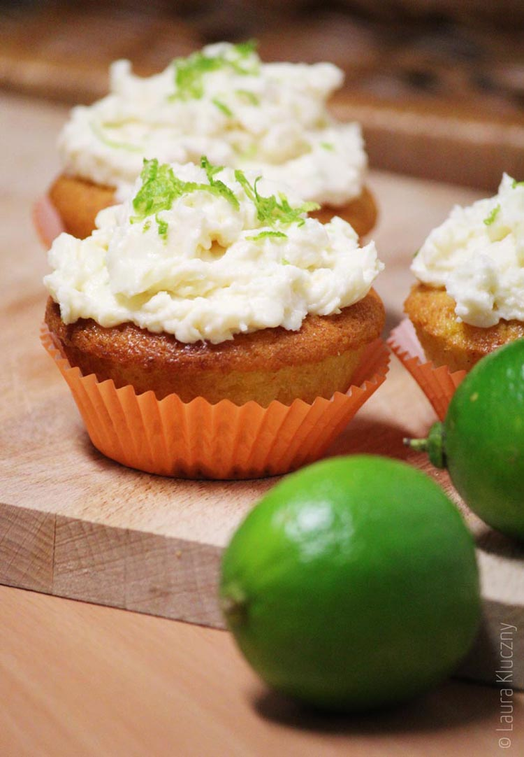 Mandarinen-Cupcakes mit Limetten-Mascarpone-Creme
