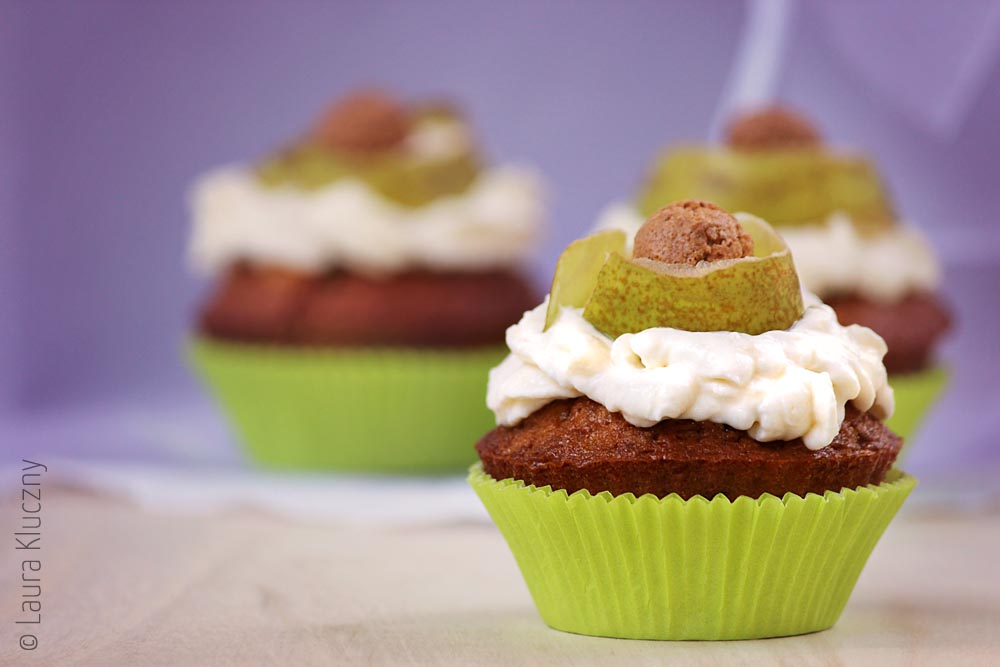 Birnen-Amarettini-Cupcakes mit Mascarpone-Creme