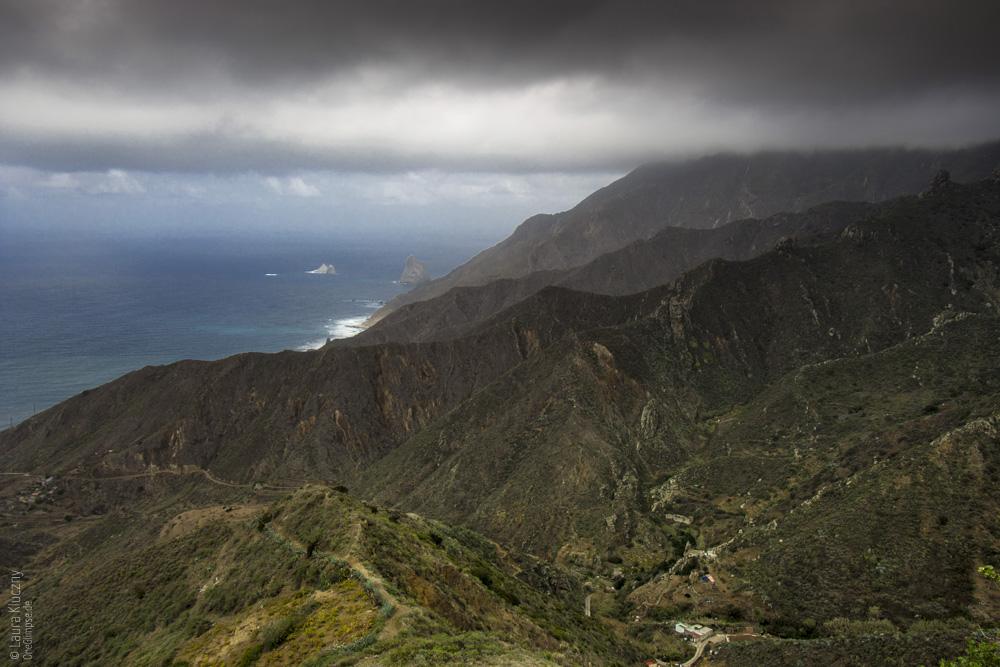 Das Anagagebirge an der Küste von Teneriffa