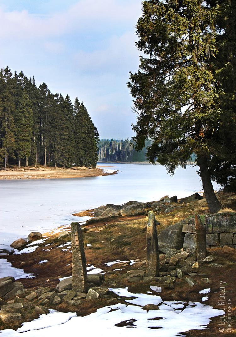 Fahrt Richtung Brocken – Zwischenstopp am zugefrorenen See