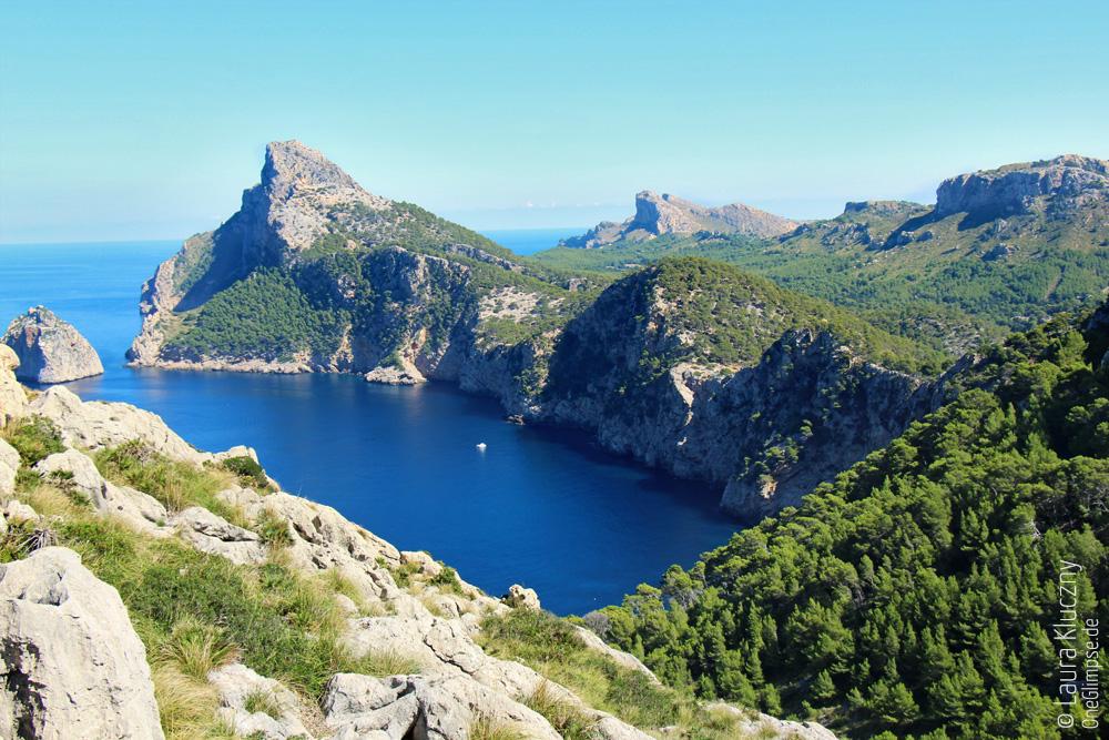 Mallorca, Formentor: Blick aufs Meer und die Klippen der Halbinsel