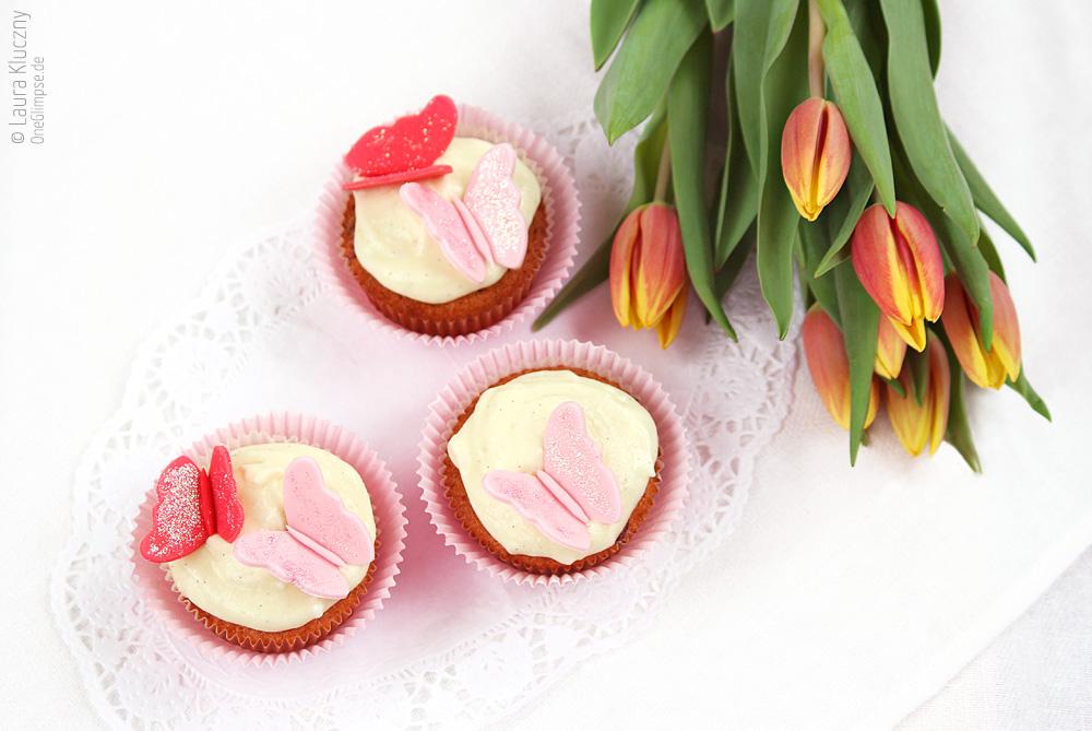 Cranberry-Vanille-Cupcakes zum Frühling udn passend zu Ostern, mit Rezept