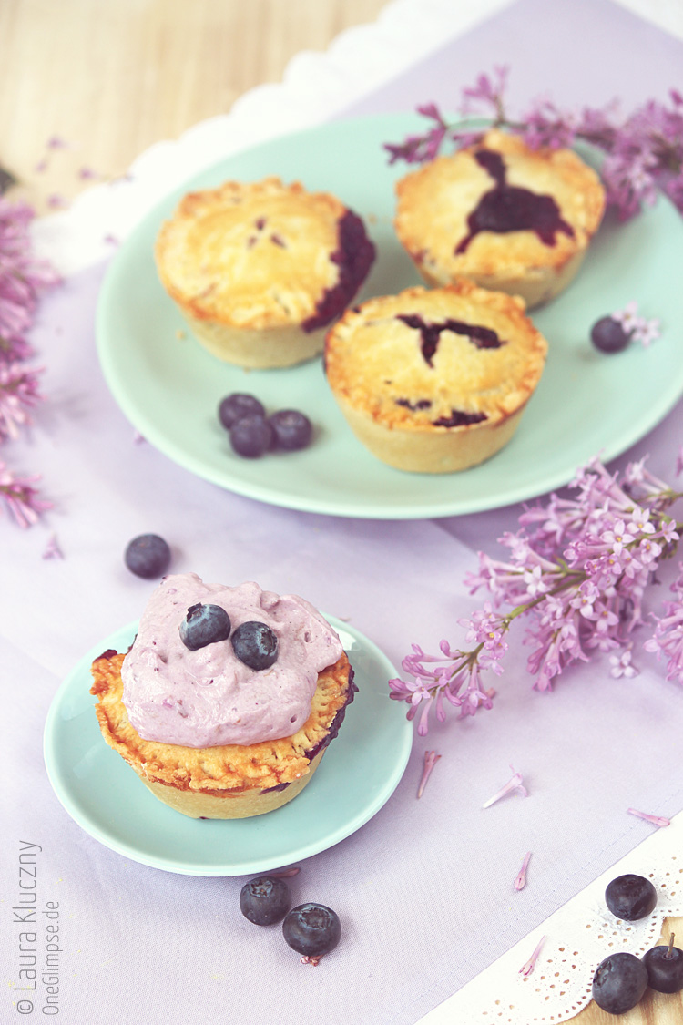 Double Blueberry Pie Cupcakes