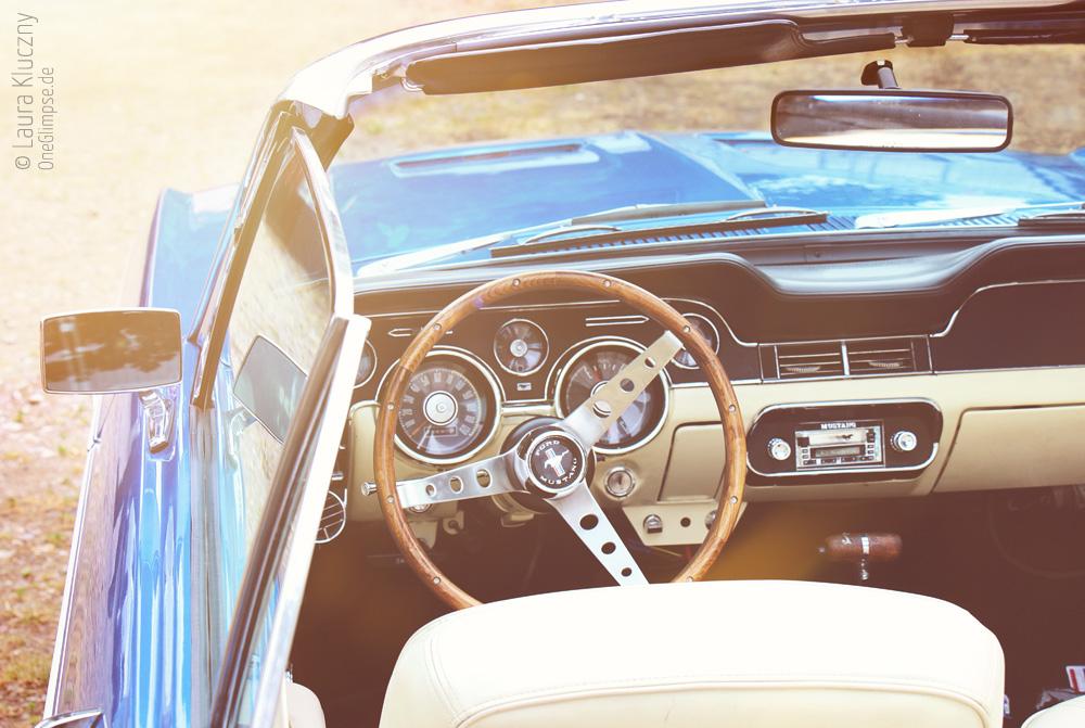 Street Mag Show 2015 in Hamburg: Ford Mustang, Fahrersitz und Armaturenbrett