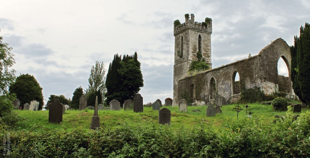 Zahlreiche Burgen, Kirchen aus dem Mittelalter auf meiner Fahrt durch Irland