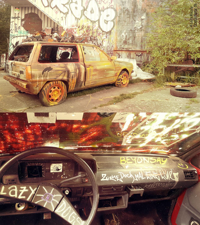 Berlin: Teufelsberg im Grunewald. Mit Graffiti besprühter VW Polo II